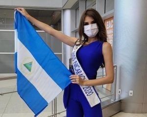 Ana Marcelo, la miss Nicaragua azul y blanco